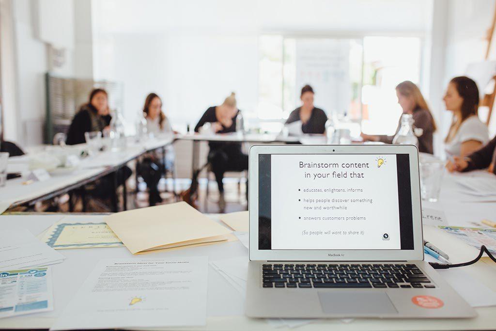 social media marketing courses guide